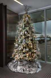 corporate-holiday-decor-philadelphia-2018-3082