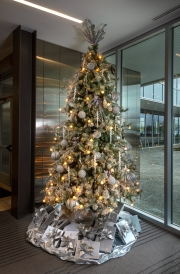 corporate-holiday-decor-philadelphia-2018-3086