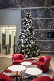 corporate-holiday-decor-philadelphia-2018-3099
